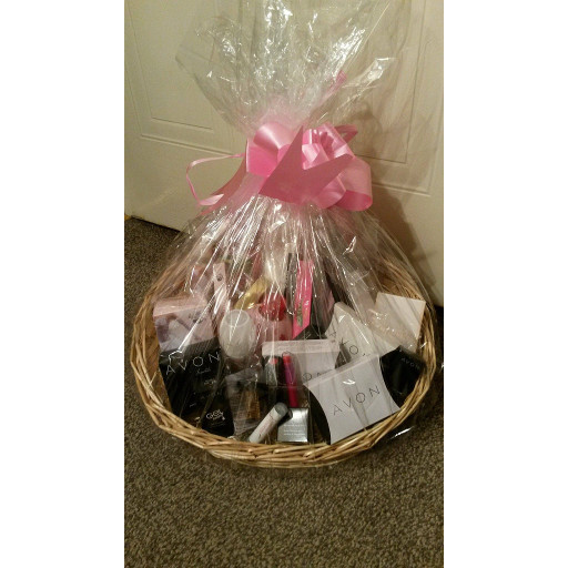 Silent Auction – Avon Basket